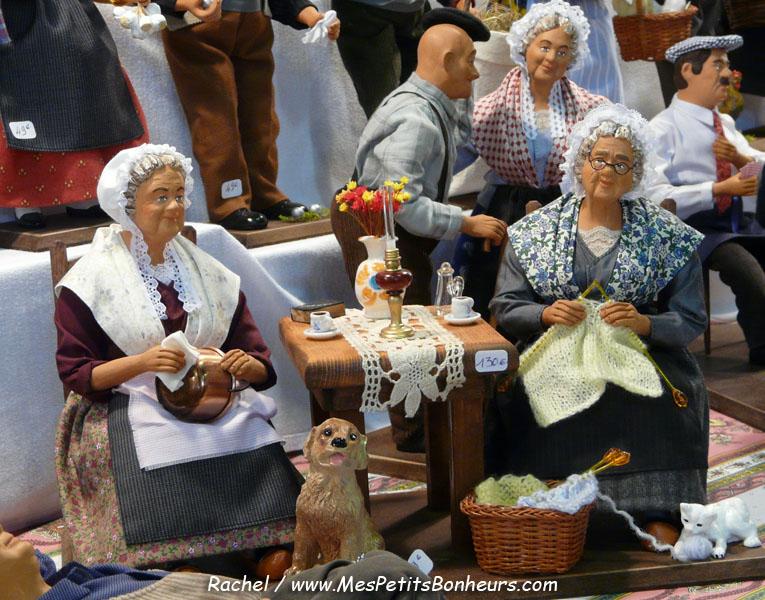 Santons et crèches de Noël  Santons-habilles-tricoteuses