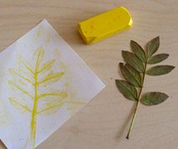 empreinte de feuille art visuel automne jaune