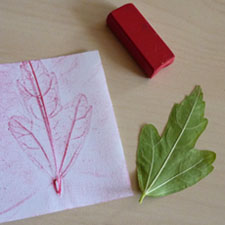 empreinte de feuille art visuel automne rouge