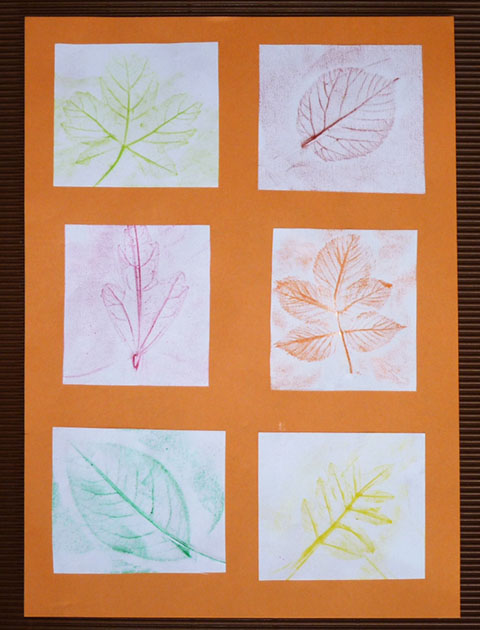 tableau automne empreintes feuilles