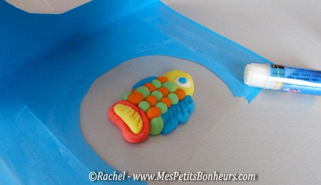 Bricolage en p te modeler poisson dans son bocal for Bocal plastique poisson