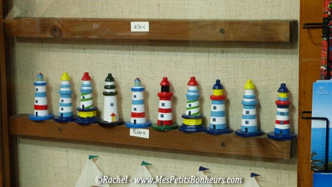 d co bricolage sur le th me de la mer un phare en pots de fleurs. Black Bedroom Furniture Sets. Home Design Ideas