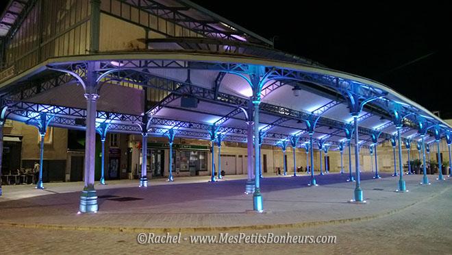 Chartres Place Billard bleu