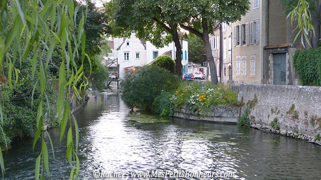 Chartres promenade au bord de l'eau