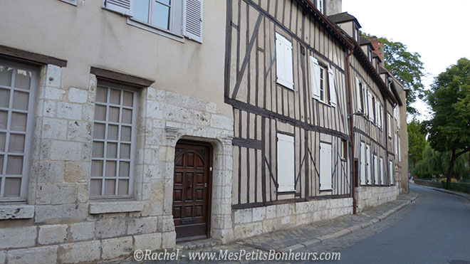Chartres rue de la tannerie