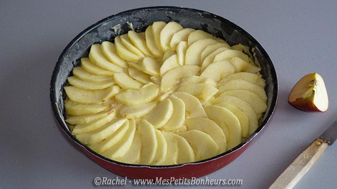 pommes en corolle sur le gateau