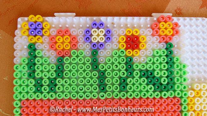 bordure fleurs pour panier de paques perles hama