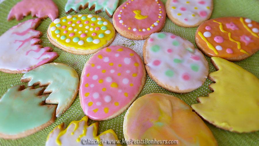 oeufs de Pâques biscuits sablés décorés