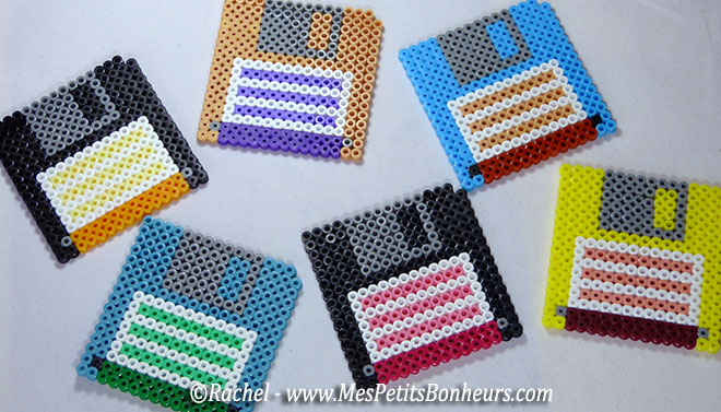 bricolage f te des p res dessous de verres nostalgie en perles hama. Black Bedroom Furniture Sets. Home Design Ideas