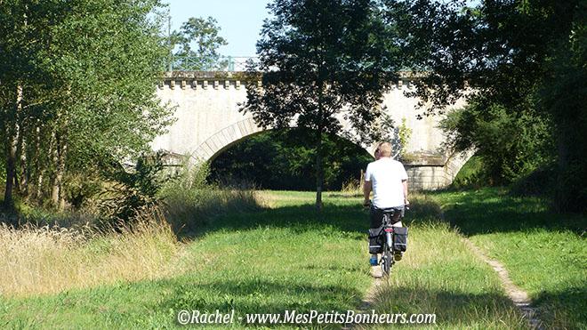 arche du pont canal de digoin