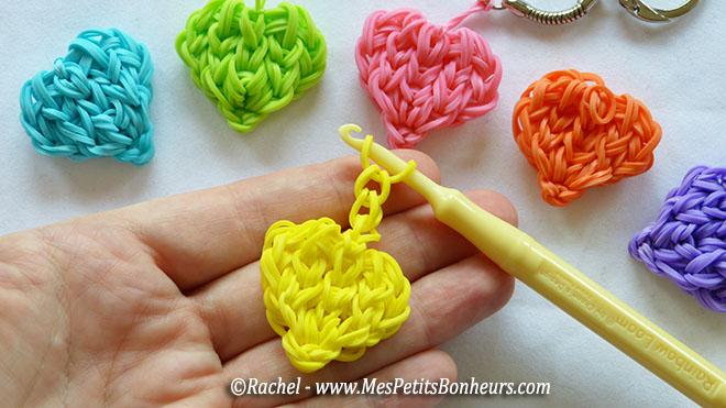 Bracelet elastique avec fourchette coeur - Comment faire des bracelets en elastique ...