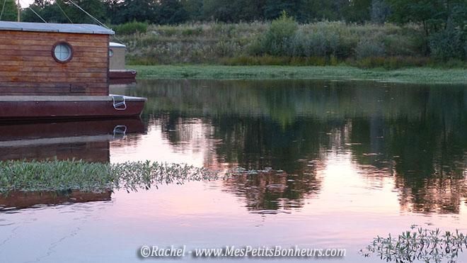reflets soleil couchant sur l'eau