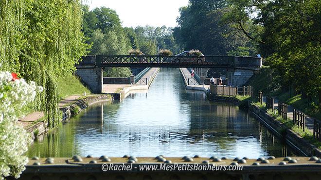 retour vers pont canal