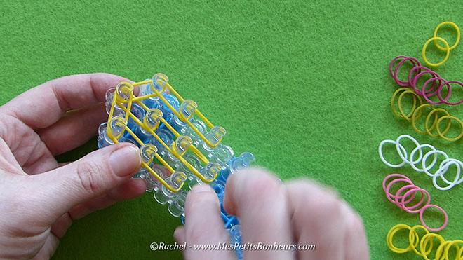 Tuto oeuf de paques en elastiques rainbow loom.Image fixe012