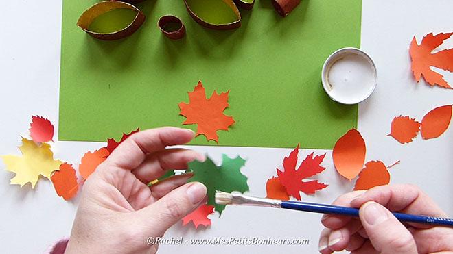 Bricolage herisson recup pour l'automne.Image fixe011