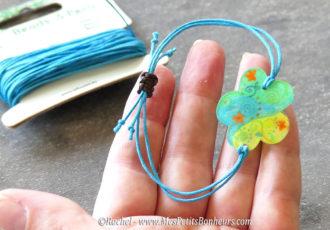 bracelet reglable avec noeuds fermoir coulissant