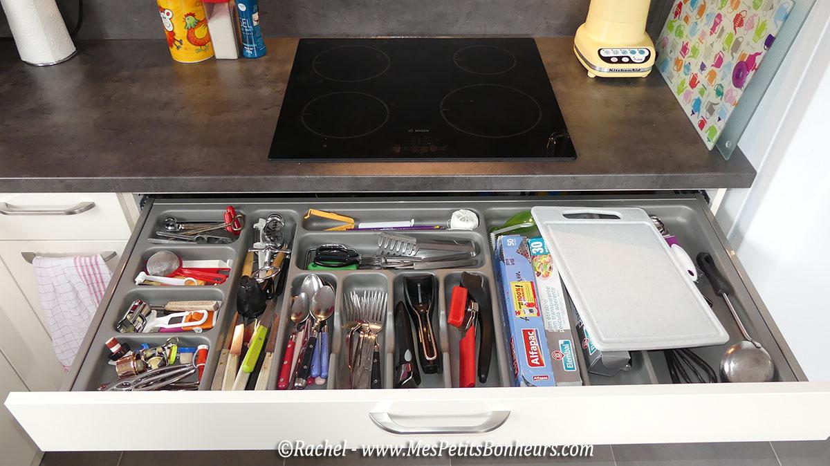 grand-tiroir-sous-plaque-de-cuisson