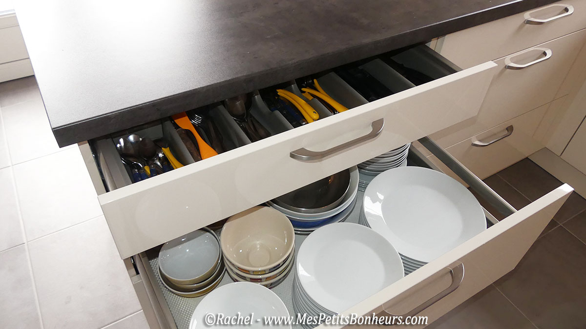 tiroirs-vaisselle-et-couverts