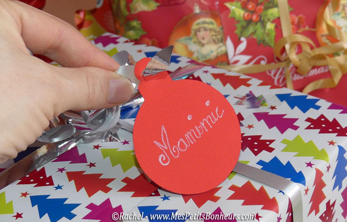 etiquette-noel-cadeau-gabarit-decoupage