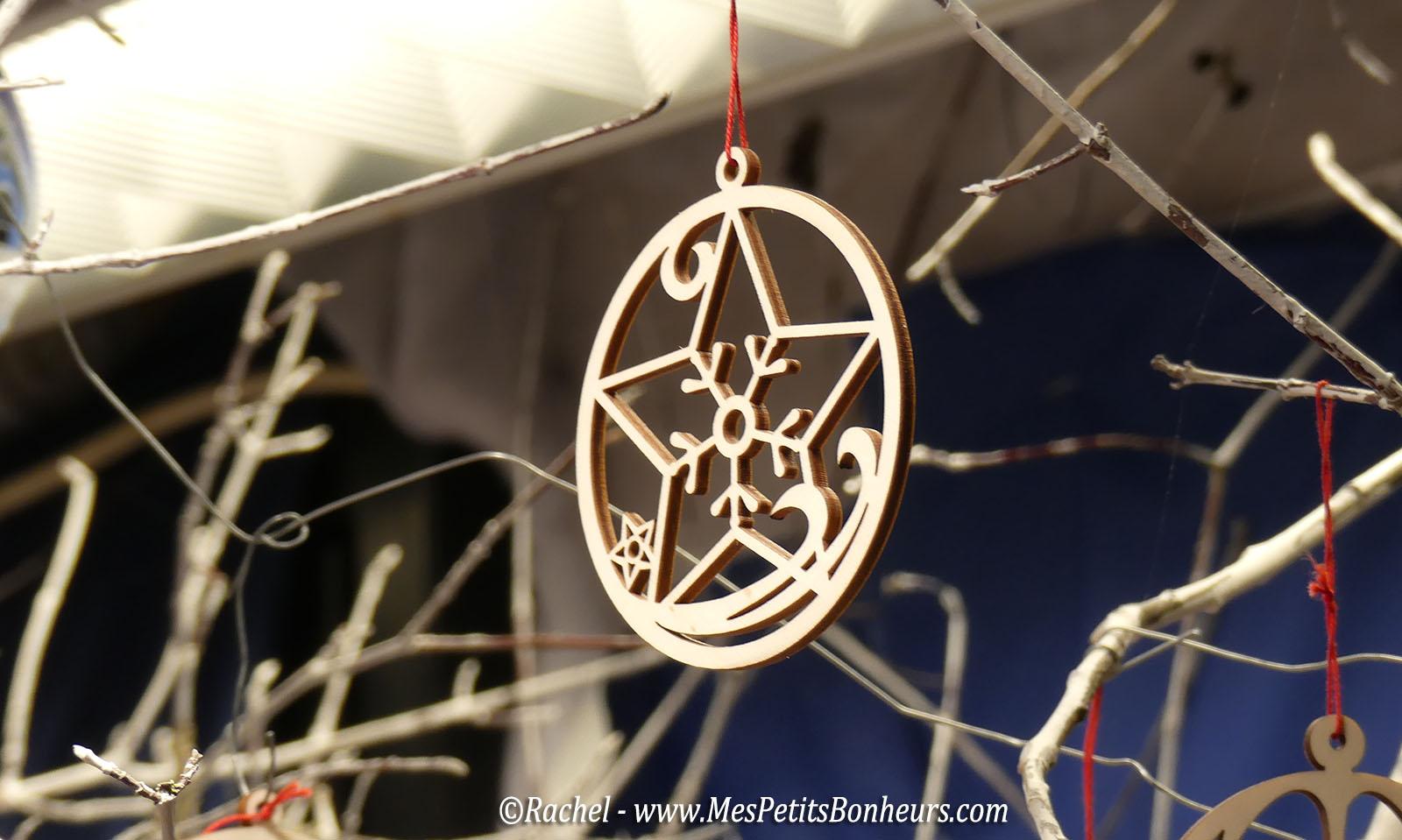 decoration-noel-etoile-bois