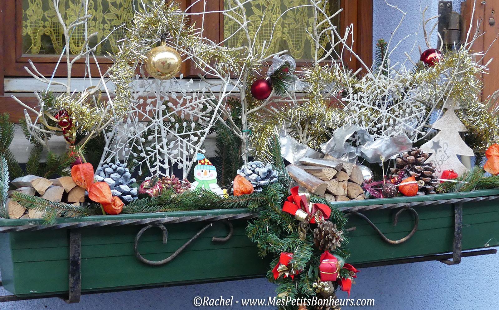 Balade de no l en alsace sur le chemin des cr ches de bergheim for Decoration fenetre noel alsace
