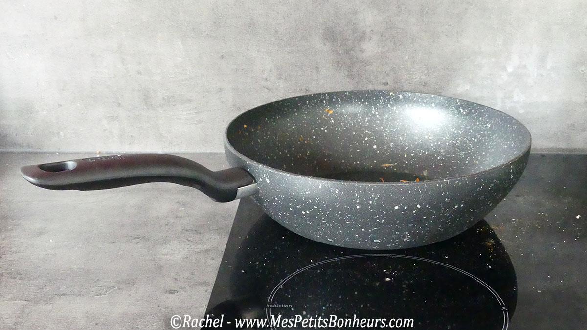 cuisine asiatique mon wok chauffe plein r gime. Black Bedroom Furniture Sets. Home Design Ideas