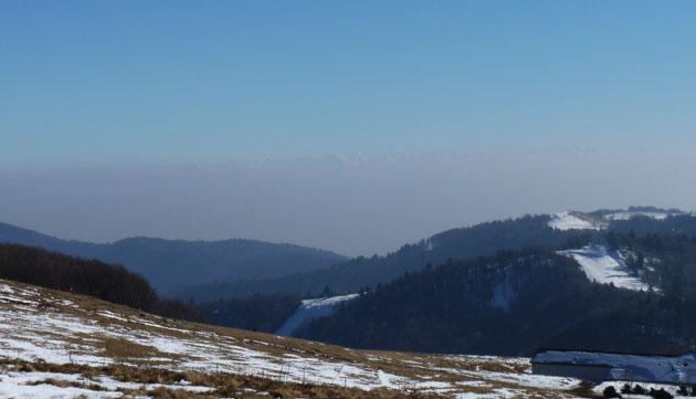 alpes suisses dans les nuages