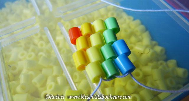 http://www.mespetitsbonheurs.com/bracelet-en-tissage-de-perles-hama-bricolage-ado-pour-lete/