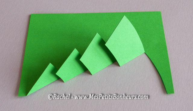 Free printable 3d christmas card christmas tree pop up - Pliage sapin de noel en papier ...