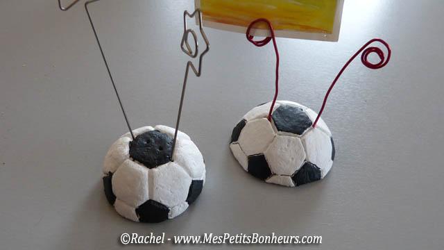 p te sel pour la f te des p res ballon de foot porte photos ou presse papier. Black Bedroom Furniture Sets. Home Design Ideas