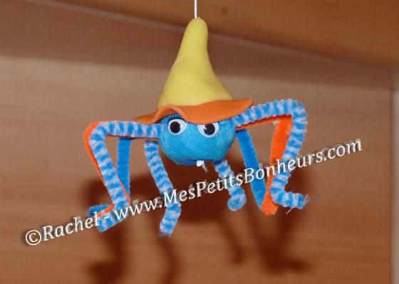 Activit halloween enfant araign e sorci re modeler - Fabriquer araignee pour halloween ...