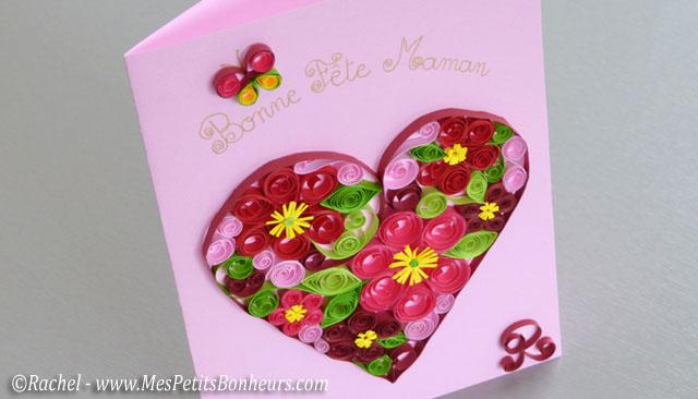 carte fête des mères en relief: fleurs en papier roulé avec la