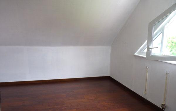 Travaux d co chambre grand ado chic et fonctionnelle en for Peinture mur blanc