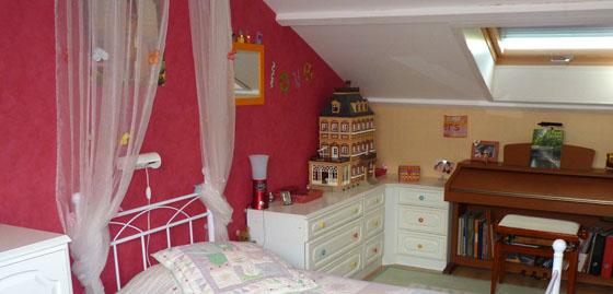 Chambre fille gris et framboise - Chambre couleur framboise ...