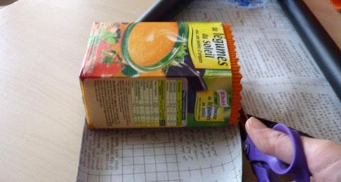 Bricolage rangement crayons des pots d co avec le recyclage de bo tes de soupe - Papier adhesif venilia ...