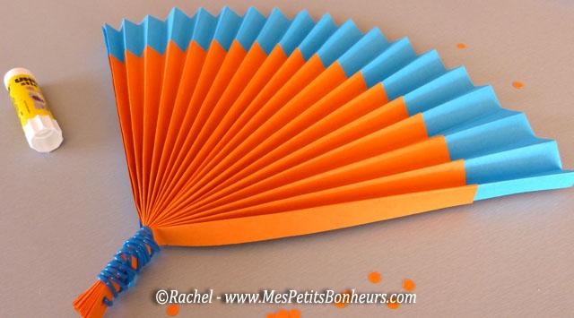 Activit d t on fabrique des ventails en papier accord on pour faire du vent - Comment faire un eventail en papier ...