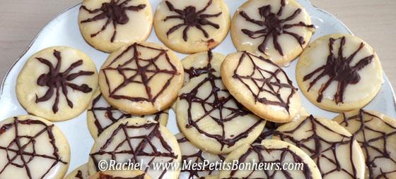 Petits g teaux pour halloween sabl s toiles d 39 araign e - Recette de cuisine pour halloween facile ...