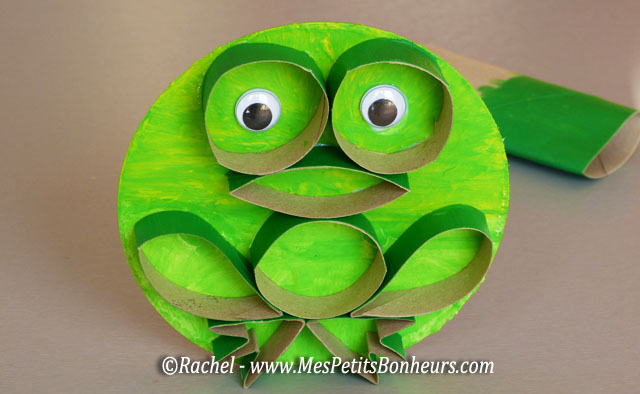 Grenouille en rouleaux de papier WC - Bricolage facile pour enfants