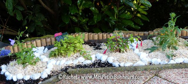 Ma bordure de terrasse fa on jardin japonais ou jardin zen - Plantes pour jardin japonais ...