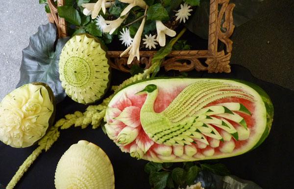 Sur fruits - Sculpture sur fruit ...