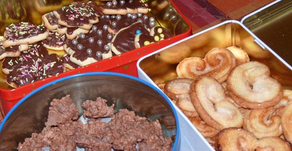 palmiers, sablés chocolat dans boites